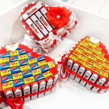 подарочный набор Love is в виде сердца