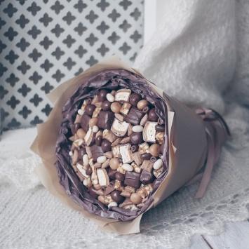 """Букет """"Мика"""" с шоколадными конфетами"""