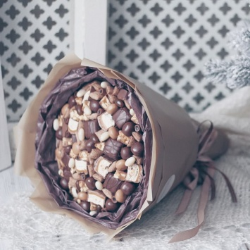 """Букет """"Мика"""" с шоколадными конфетами фото 2"""