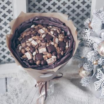 """Букет """"Мика"""" с шоколадными конфетами фото 3"""