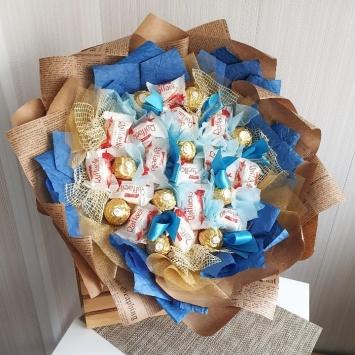 Букет из конфет radaello