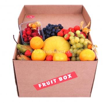 коробка с фруктами с дыней