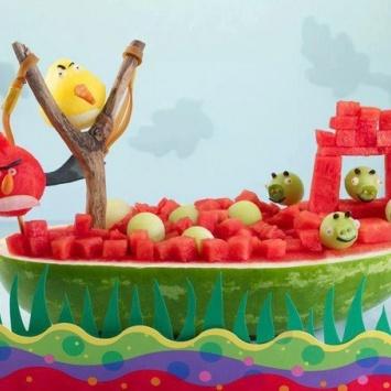 Фруктовая композиция Angry Birds