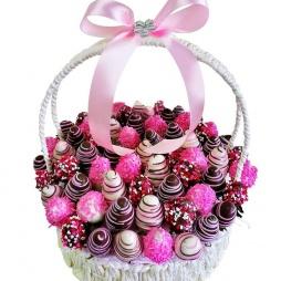 Фруктовый букет с разноцветными яйцами