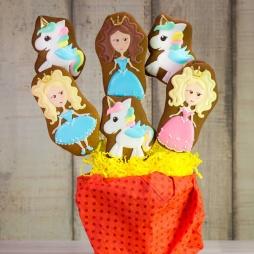 Букет из пряников с принцессами