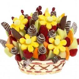 Фруктовый букет с шоколадом и ананасом