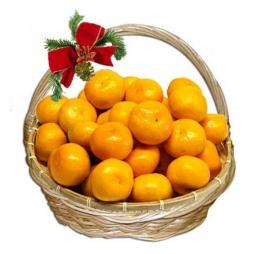 Фруктовая корзина с мандаринами