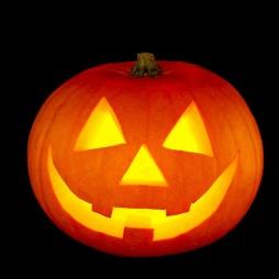 Тыква на Хэллоуин с улыбкой