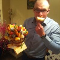 фруктовая корзинка с цветочками